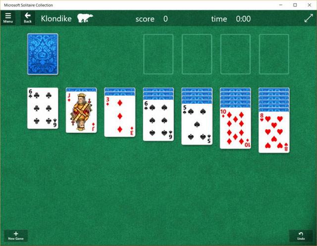 Nhiệm vụ của người chơi ở Solitaire phải khéo léo di chuyển các lá bài để sắp xếp theo thứ tự từ A - K