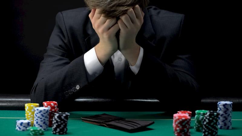 Tâm lý ảnh hưởng rất lớn tới người chơi Baccarat online